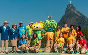 Uniformes de funcionários e voluntários do Rio 2016