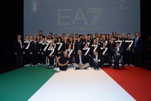 Uniformes italianos assinados por Giorgio Armani