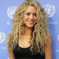 Cabelo ondulado da Shakira