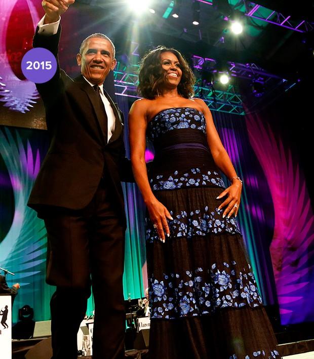 Em 2015: Michelle Obama veste longo florido de Tadashi Shoji (Foto: Getty Images)